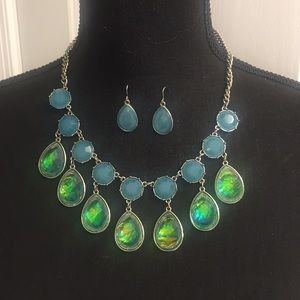 Jewelry - NWOT Blue/Green Necklace and Earring Set